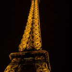 Eiffel-torni yövalaistuksessa